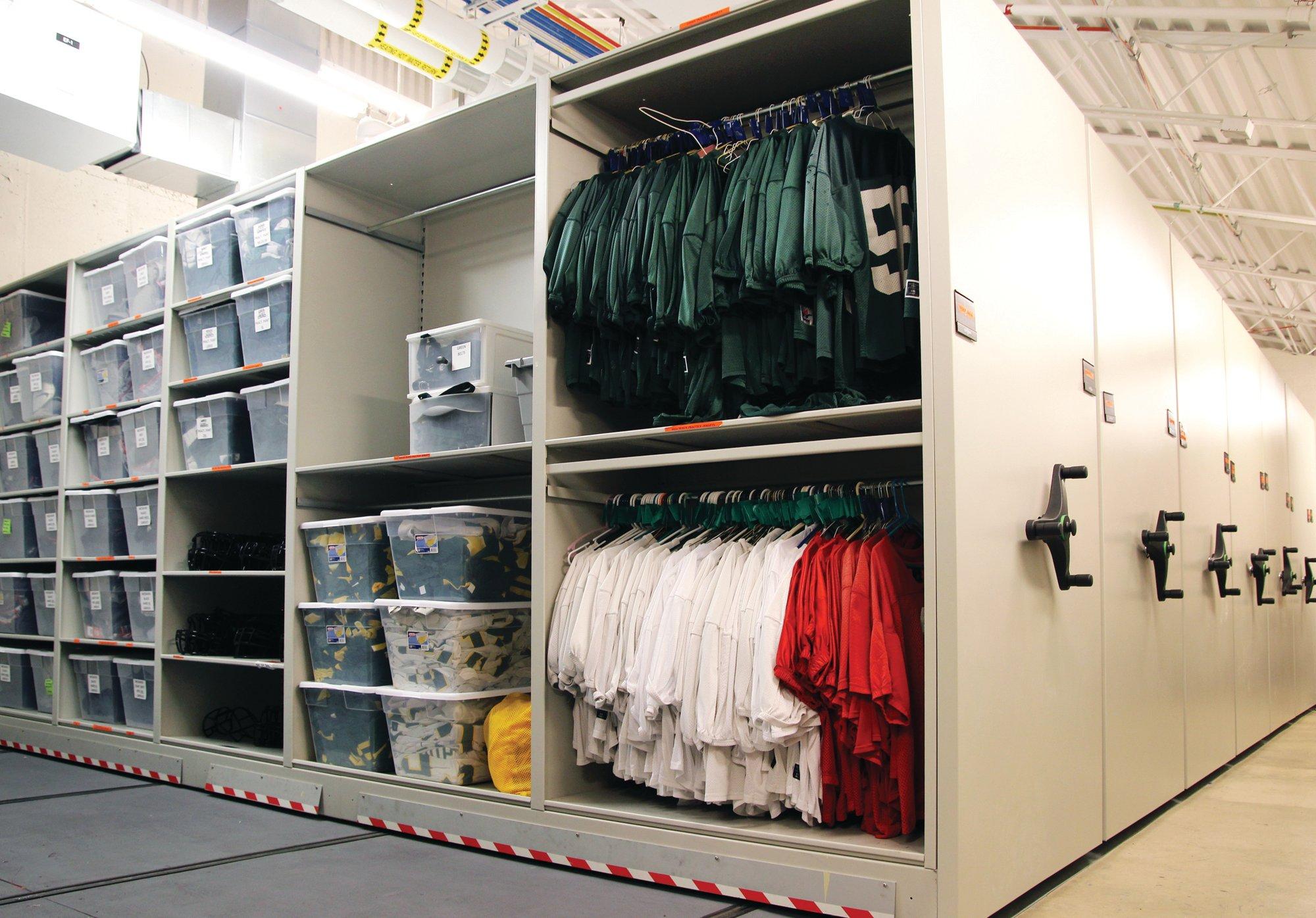 athletic storage ISDA Storage
